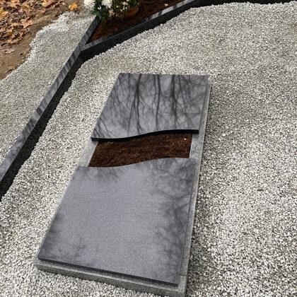 3. Granīta viļņveida slēgtā kapu apmale