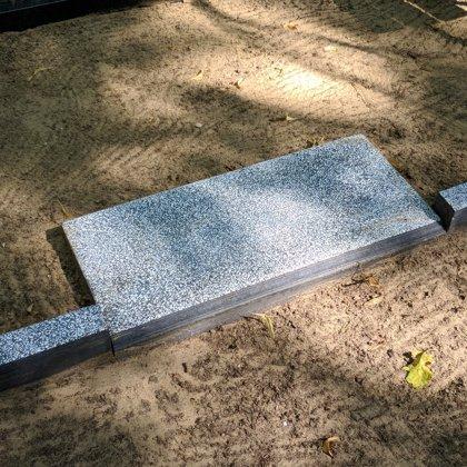 Ieejas plāksne no marmora graudiņiem 60x30