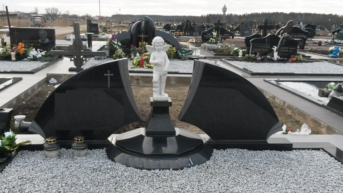 Granite.lv kapu labiekārtošana, kapu pieminekļi, kapu apmales, kapu apzaļumošana, kapakmeņi, kapu ierīkošana.